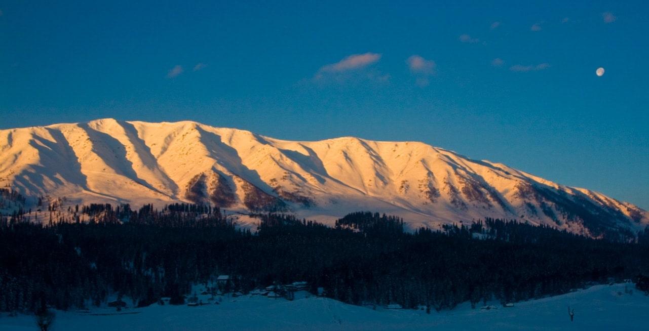 gulmarg ski resort map & trailmaps   snowboard   ski   kashmir